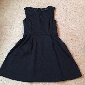 Cynthia Rowley Black keyhole dress